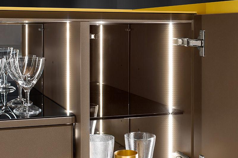 Interlübke dressoir Jorel goudkleurig detail indeling